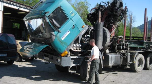 Servis osobních a nákladních automobilů